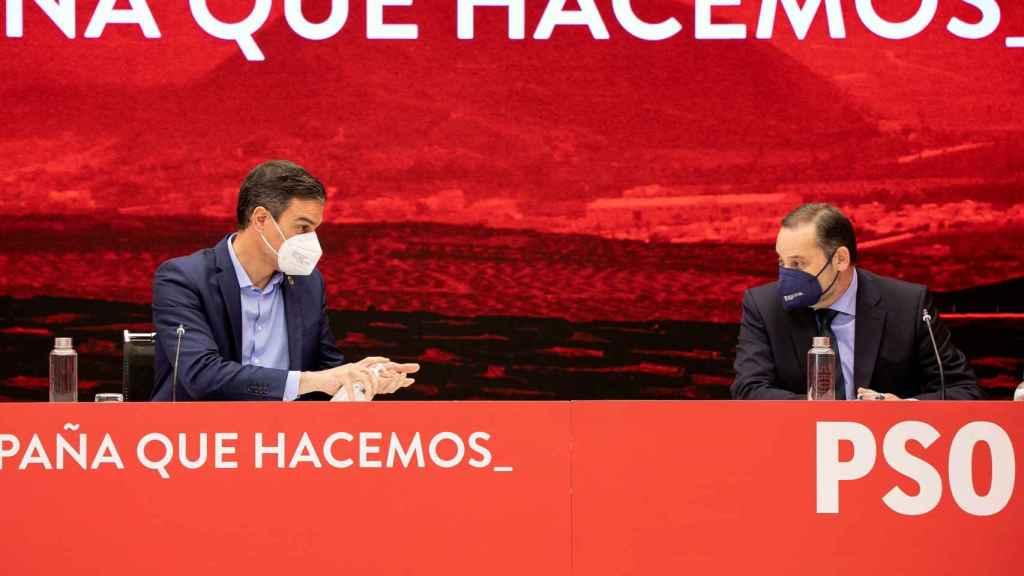 Sánchez y Ábalos, durante la Ejecutiva del PSOE de este jueves.