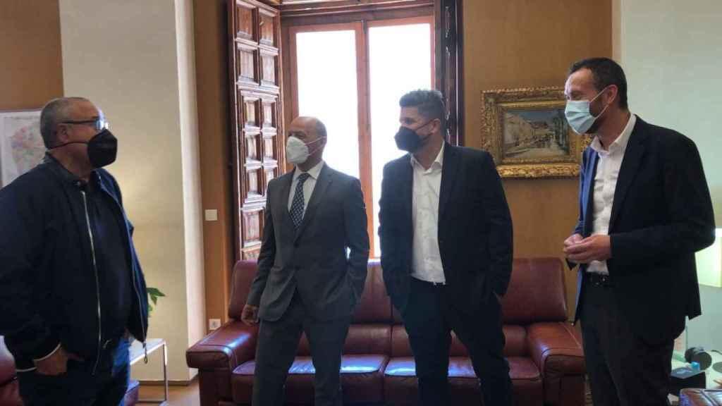 Vicente Alberola, Joaquín Buitrago, Christian Bragarnik y Carlos González en el encuentro para hablar sobre el Elche C.F.