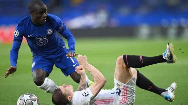 Las imágenes del deporte: el detalle de Kanté tras ganar al Real Madrid que enloquece las redes