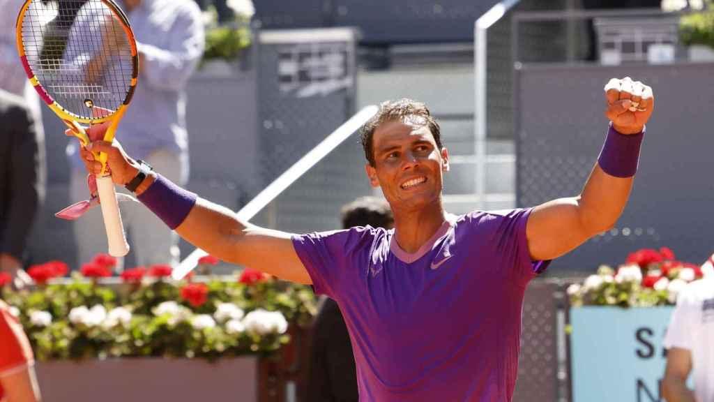 Nadal celebra su victoria ante Popyrin en Madrid