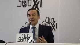 Pedro J. Ramírez, durante su conferencia en el Club Siglo XXI.