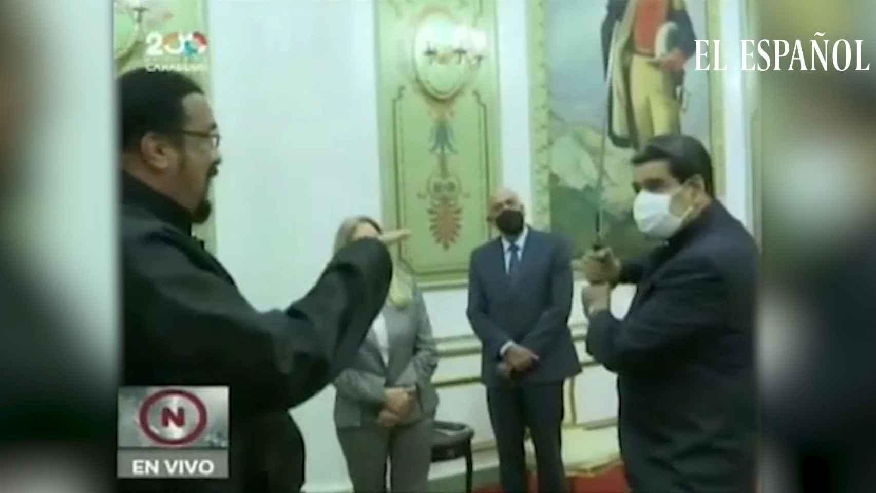 Steven Seagal visita a Nicolás Maduro en Venezuela como representante de Rusia