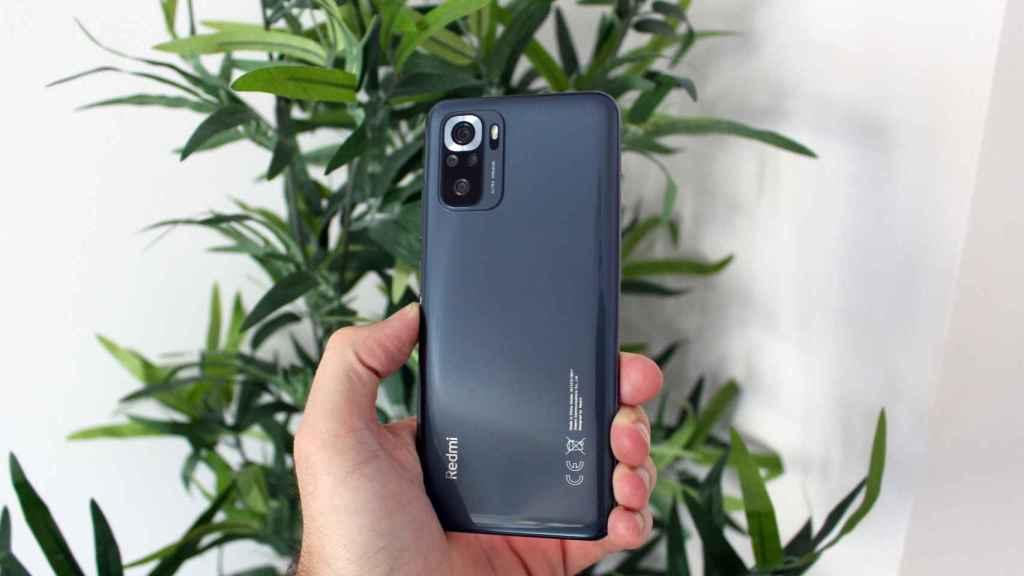 Diseño del Xiaomi Redmi Note 10S.