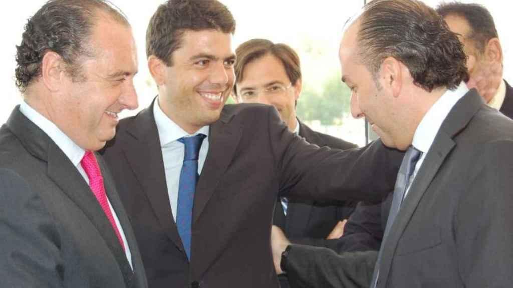 Mazón, vicepresidente en la Diputación de Ripoll, con el entonces alcalde socialista de Elche Alejandro Soler.