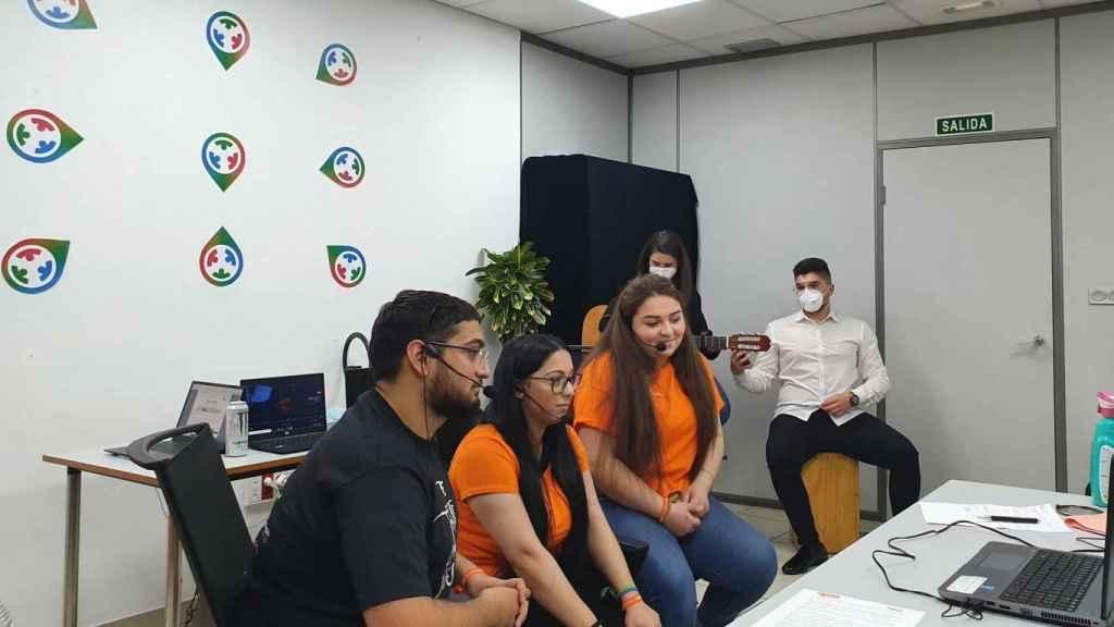 Alba Cerreduela, José Motos y Nazaret Hernandez, integrantes de Pucela Challenge.
