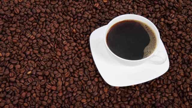 El consumo de café puede perjudicar la salud renal de algunas personas.