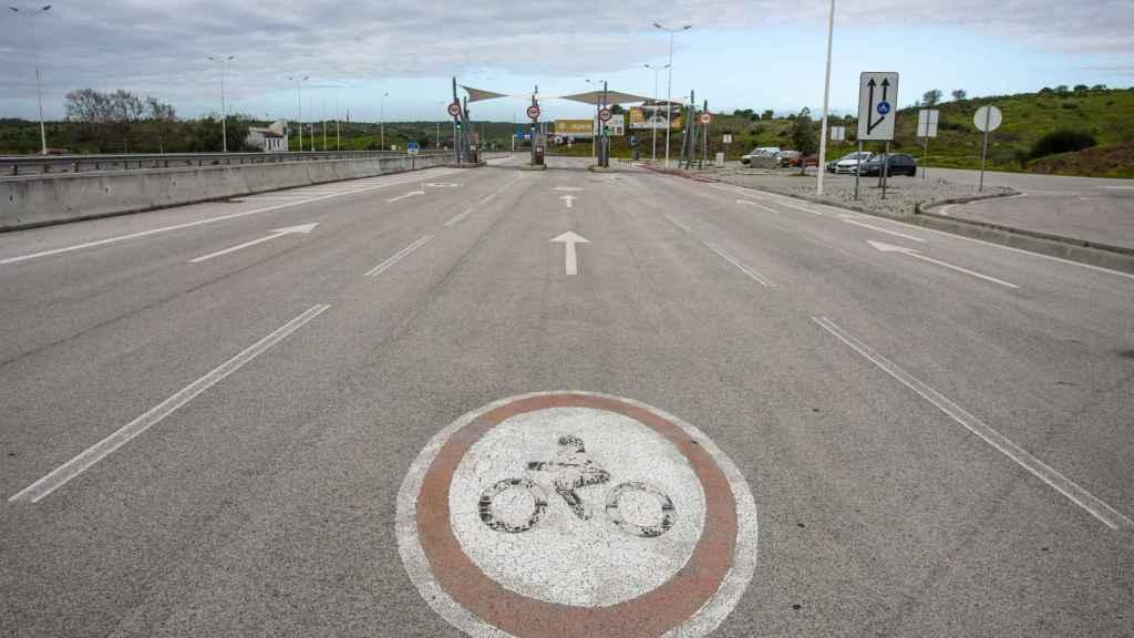 Un peaje en la frontera con Portugal.