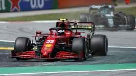 Carlos Sainz rodando en el Gran Premio de España de Fórmula 1