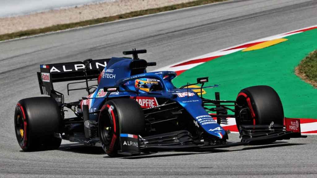 Fernando Alonso rodando con el A521 en Motmeló