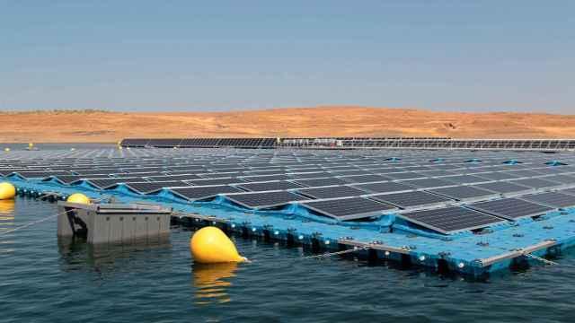 Hidrógeno verde y fotovoltaica flotante, matrimonio perfecto para generar energía rentable