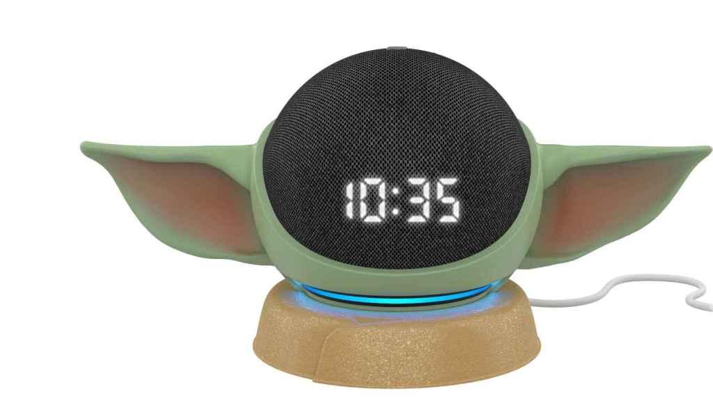 Amazon Echo Dot como Baby Yoda