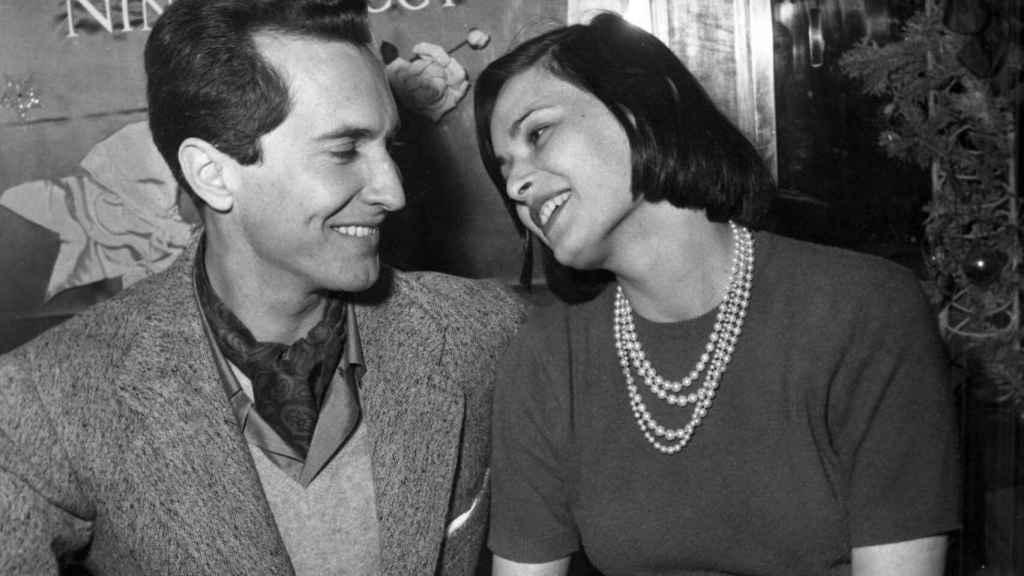 Luis Miguel Dominguín con Lucía Bosé en una imagen de 1955.