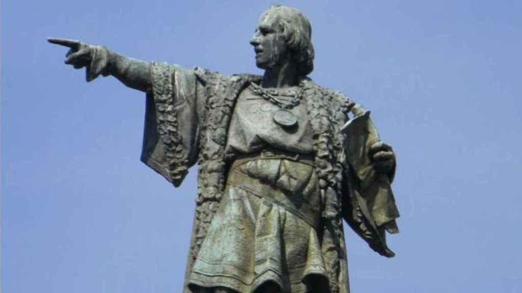 Estatua de Colón en Barcelona, que fue también su lugar de procedencia según INH
