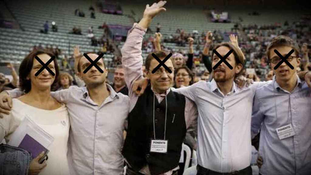 Carolina Bescansa, Luis Alegre, Juan Carlos Monedero, Pablo Iglesias e Íñigo Errejón, los fundadores de Podemos, en Vistalegre I. De ellos, ya no queda ninguno en la dirección del partido.