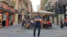 Javier Galdeano, de Alroa, en la calle Castaños de Alicante.