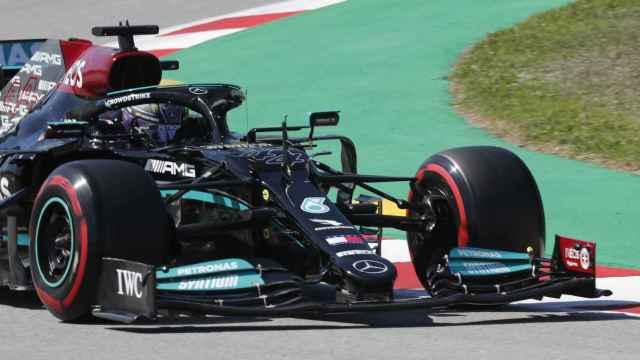 Hamilton en el circuito de Montmeló en F1