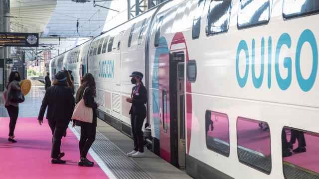 Imagen de un tren de Ouigo.