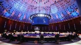 Los jefes de Estado y de Gobierno de la UE, durante la cumbre social de Oporto