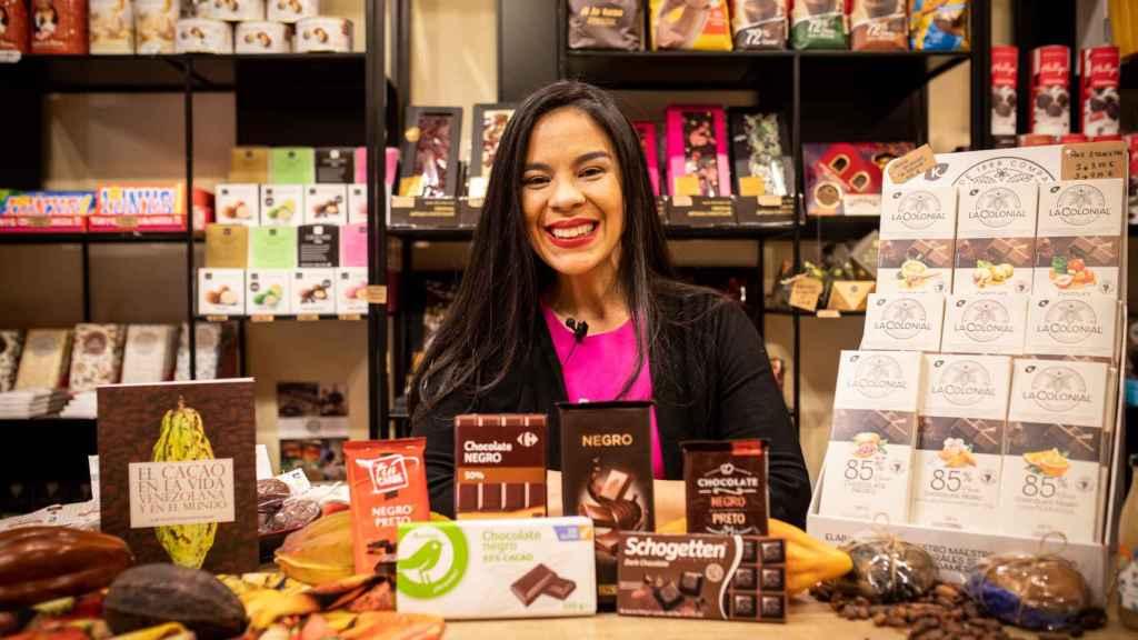 Las 6 tabletas de chocolate negro probadas por Helen, directora del Salón Internacional del Chocolate de Madrid.