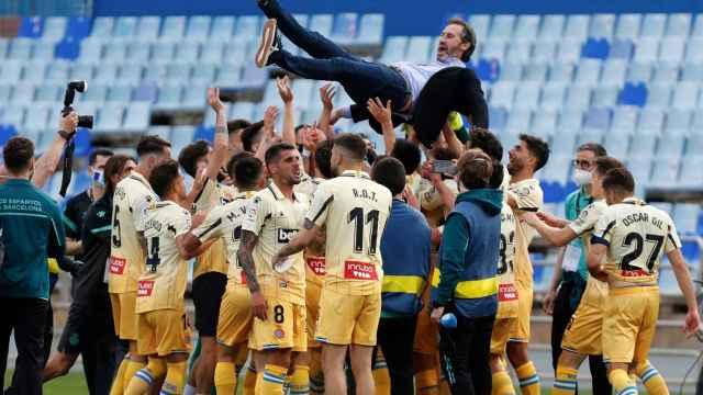 Las imágenes del mundo del deporte: así se celebra un ascenso a Primera con las restricciones de la Covid-19