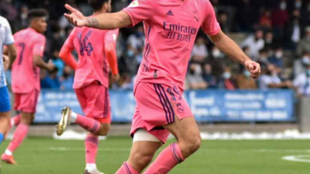 Hugo Duro celebra uno de sus goles ante el Talavera