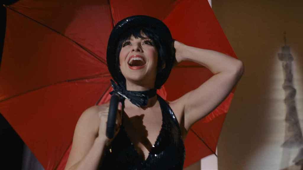 Krysta Rodriguez es Liza Minelli.