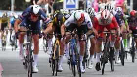 Tim Merlier se impone en la primera llegada al sprint del Giro de Italia 2021
