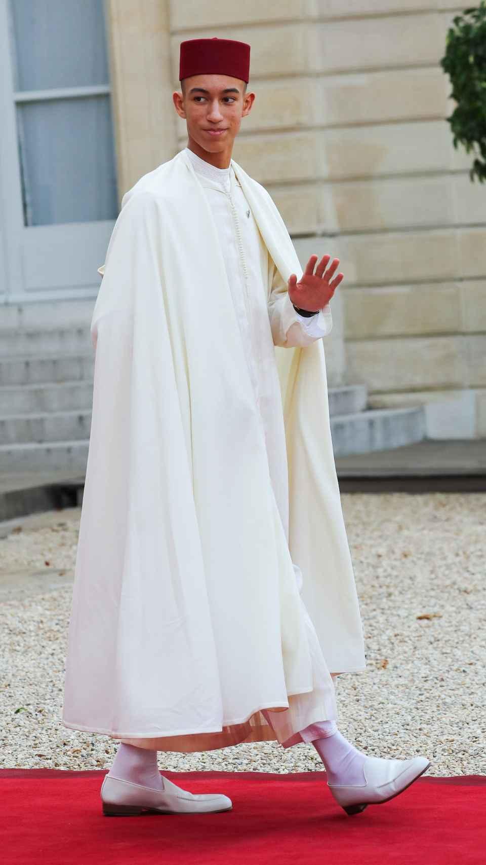 El príncipe Moulay Hassan de Marruecos en el funeral de Jacques Chirac en septiembre de 2019 en París.