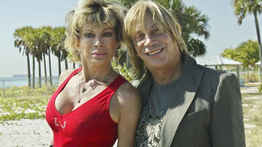 Carmen junto a su marido en una imagen de archivo en Miami.