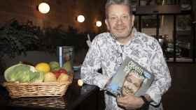 Alberto Chicote durante una sesión promocional de su libro 'Cocina de resistencia'.