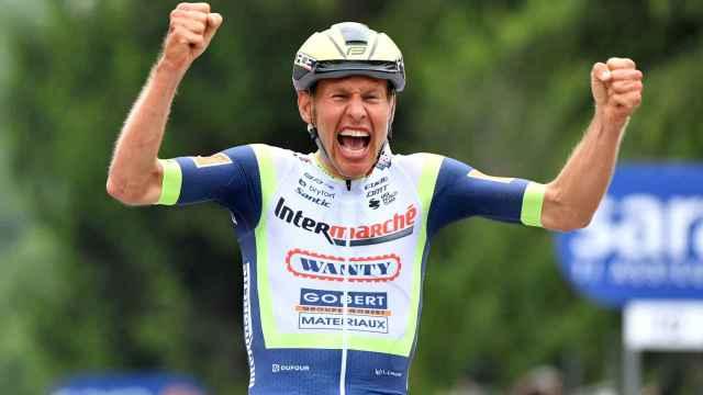 Van der Hoorn gana la 3ª etapa del Giro de Italia 2021