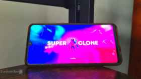Un juego de disparos colorido y futurista: descubre Super Clone