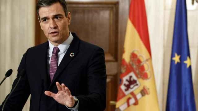 El presidente de España, Pedro Sánchez, durante su comparecencia con el primer ministro griego, Kyriakos Mitsotakis.