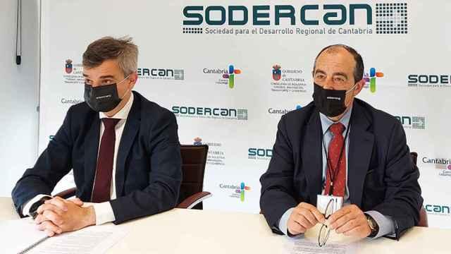 Rafael Pérez Tezanos (consejero delegado de SODERCAN) y Jorge Muyo (Director General de Innovación del gobierno de Cantabria).