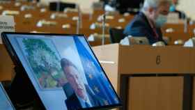 El vicepresidente económico de la Comisión, Valdis Dombrovskis, durante su comparecencia virtual este lunes en la Eurocámara