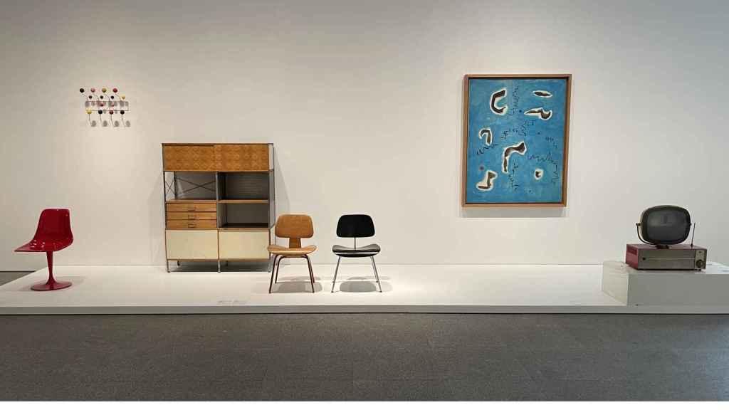 Comienzo de la colección en la sala The American Way of Life