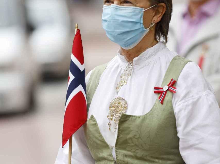 El 17 de mayo se celebra en Alfaz del Pi un desfile para festejar el día de la Constitución de Noruega.