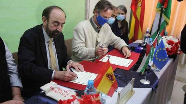 El representante de la UE en Palestina, Kuhn von Burgsdorf y el cónsul general español en Jerusalén, García-Valdecasas.