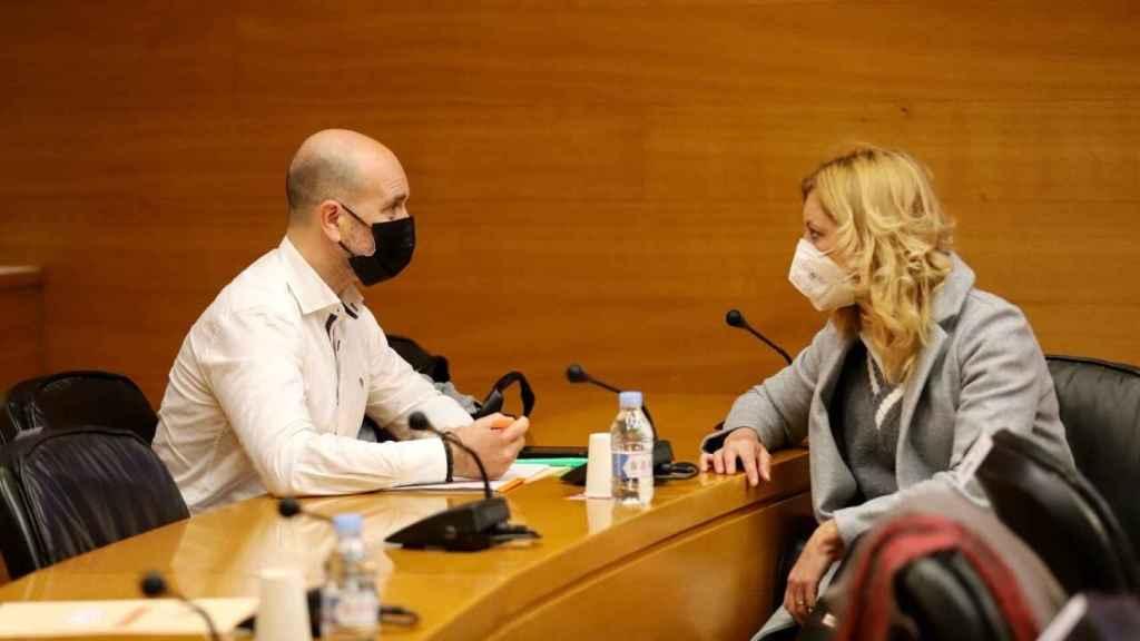 José Antonio Martínez Ortega y Cristina Gabarda, dos de los cuatro tránsfugas de Ciudadanos. EE