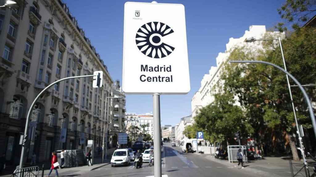 Cartel de Madrid Central en la zona centro de la capital. Europa Press.
