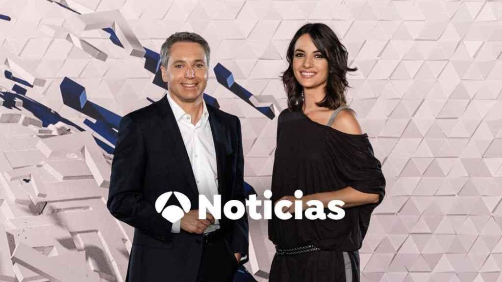 Vicente Vallés y Esther Vaquero presentan el informativo más visto de la televisión.