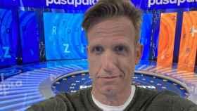 Quién es Óscar Martínez, el presentador que hoy concursa en 'Pasapalabra' como invitado