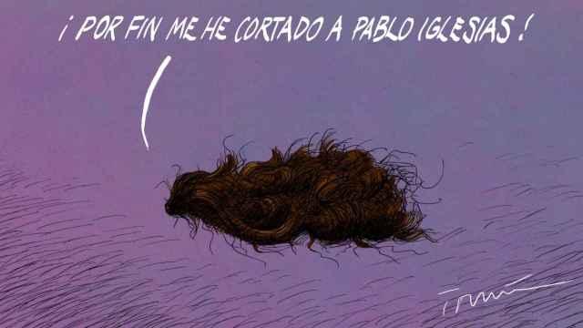 Pablo Iglesias se corta la coleta.