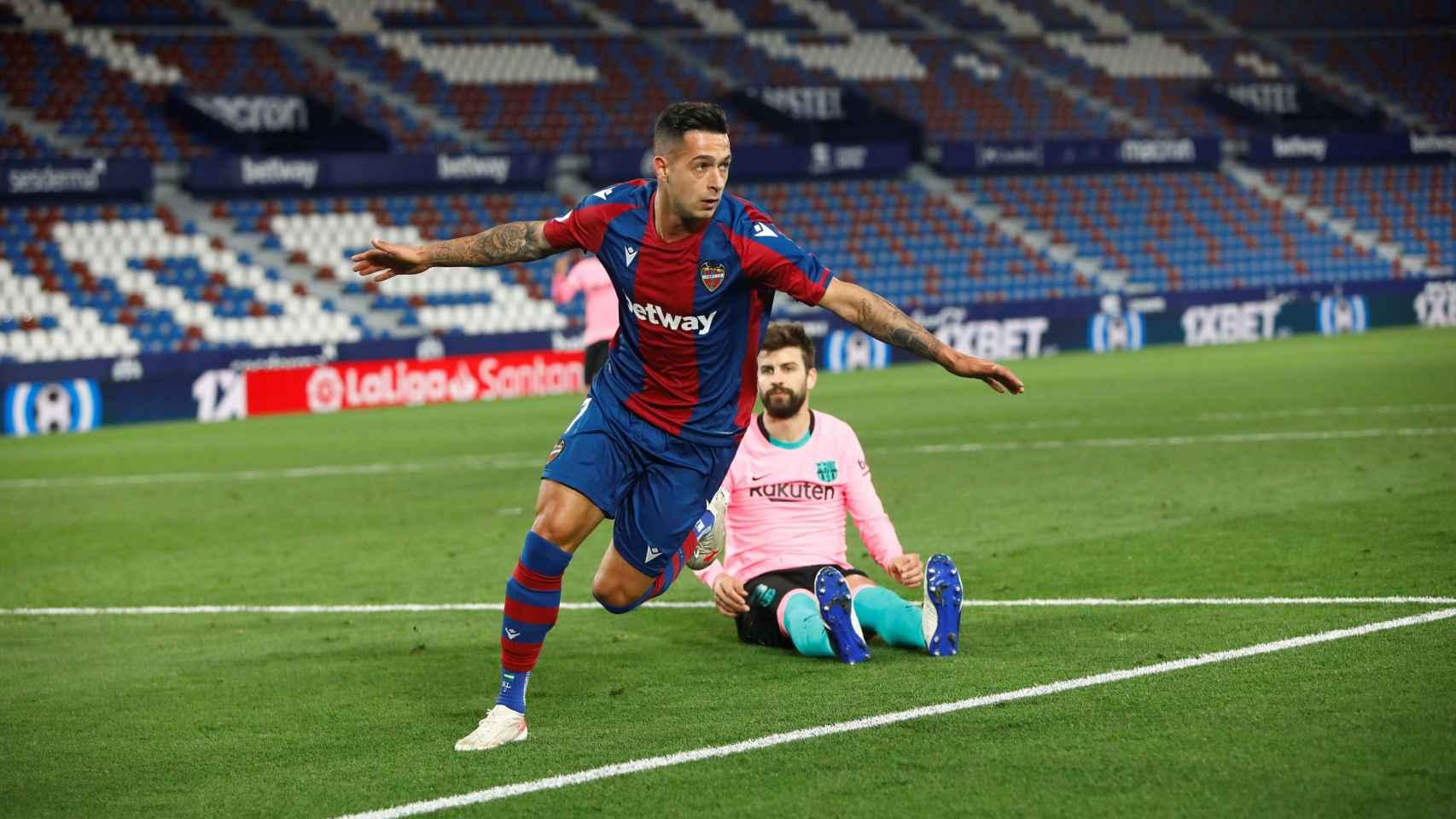 Sergio León celebra su gol contra el Barcelona