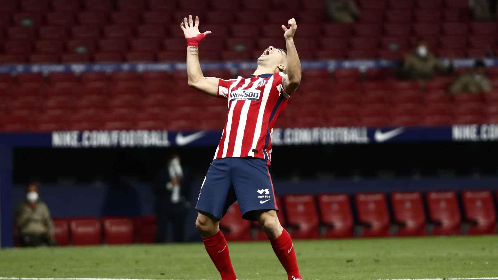 Luis Suárez grita tras fallar una ocasión