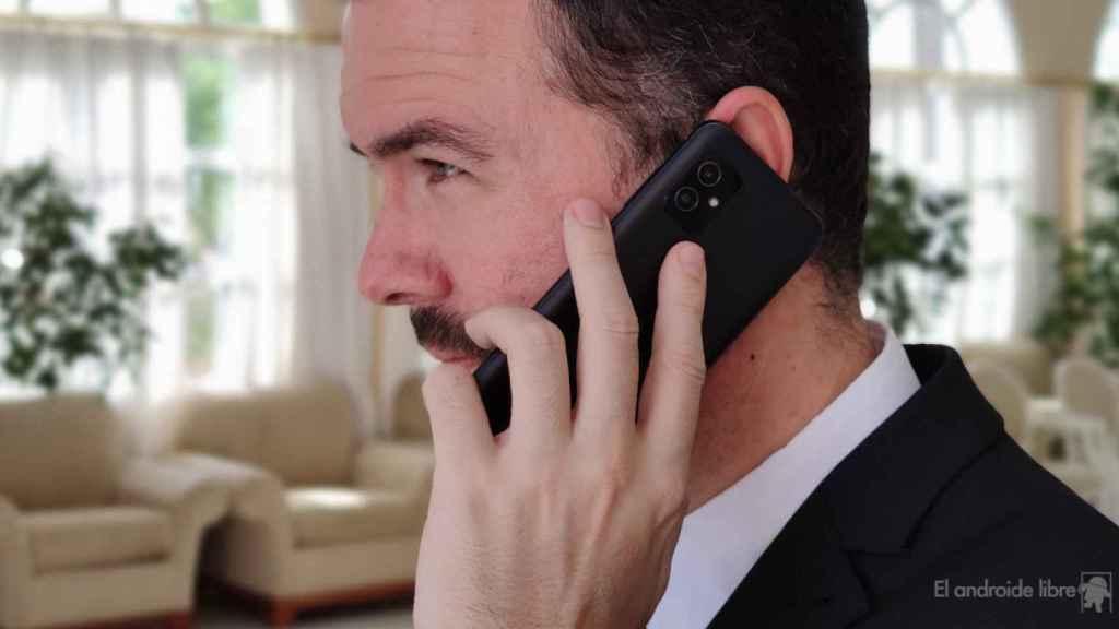 El ASUS Zenfone 8 es el móvil perfecto para llevarlo a una boda