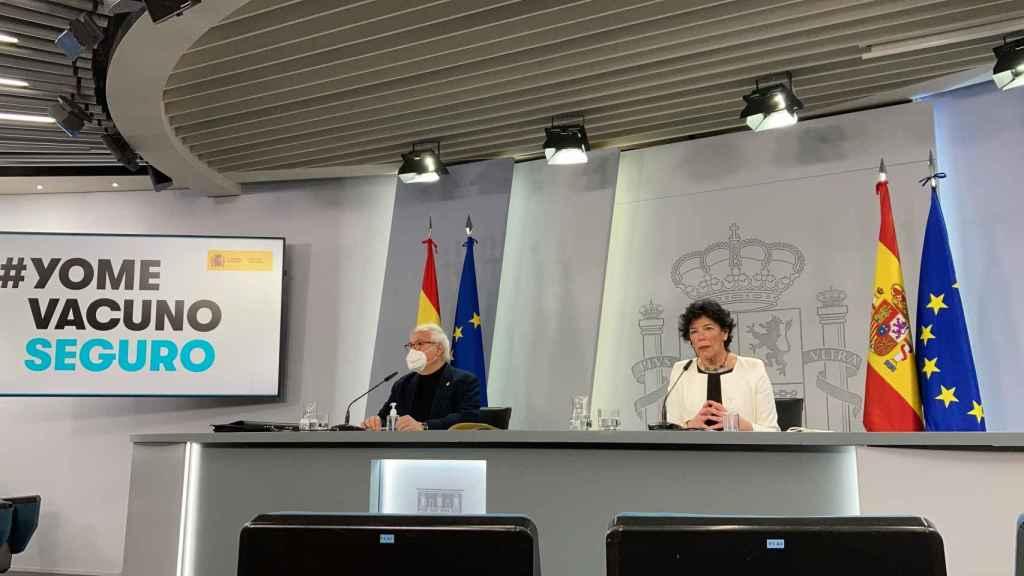 Castells y Celaá durante la rueda de prensa de presentación del Plan de Recuperación.