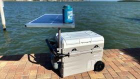 Nevera con panel solar