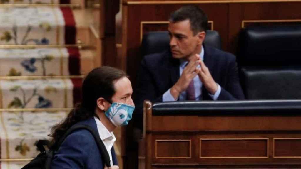 Pedro Sánchez y Pablo Iglesias en el Congreso en una imagen de archivo. EP