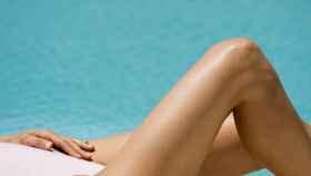 Clarins ofrece una gama de bronceadores para adelantarse al verano.